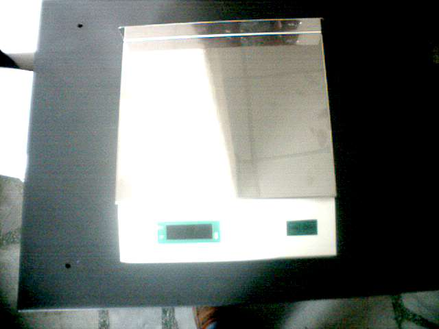 Counter scale 10 kg.